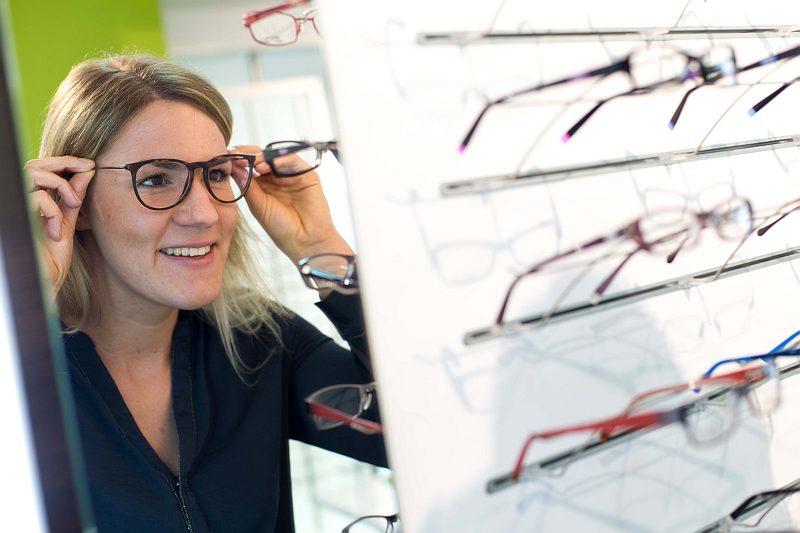 Individuelle Brillen Fassungsberatung bei Optik Schuhkraft in Dortmund